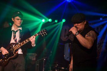 AC/DC Tribute-Dirty Deeds